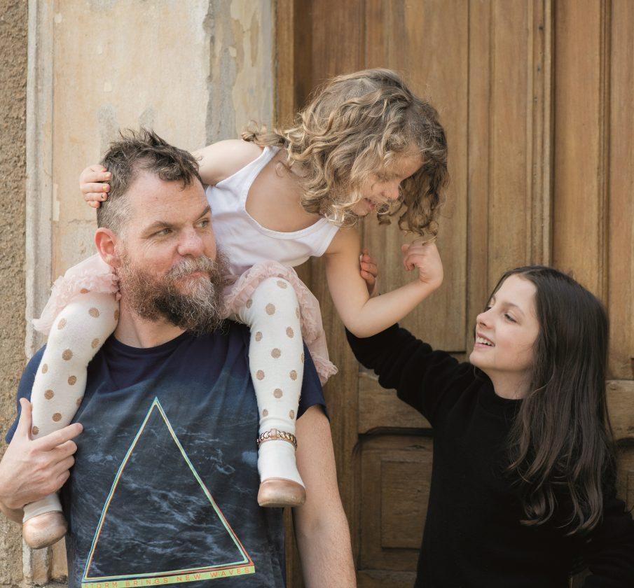 Realiza Premium traz entrevista exclusiva com Marcos Piangers, o papai mais famoso do Youtube