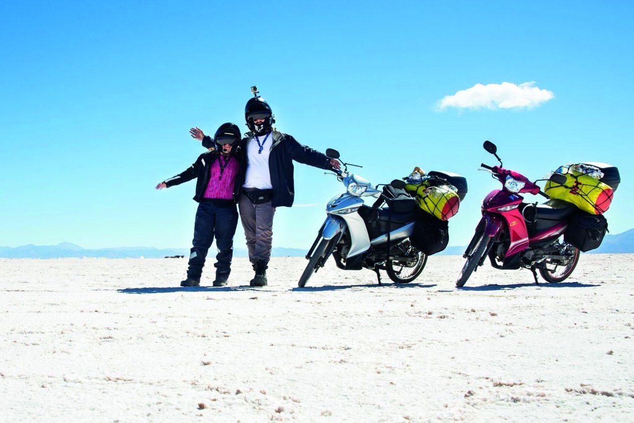 Viagem pelo mundo sobre duas rodas